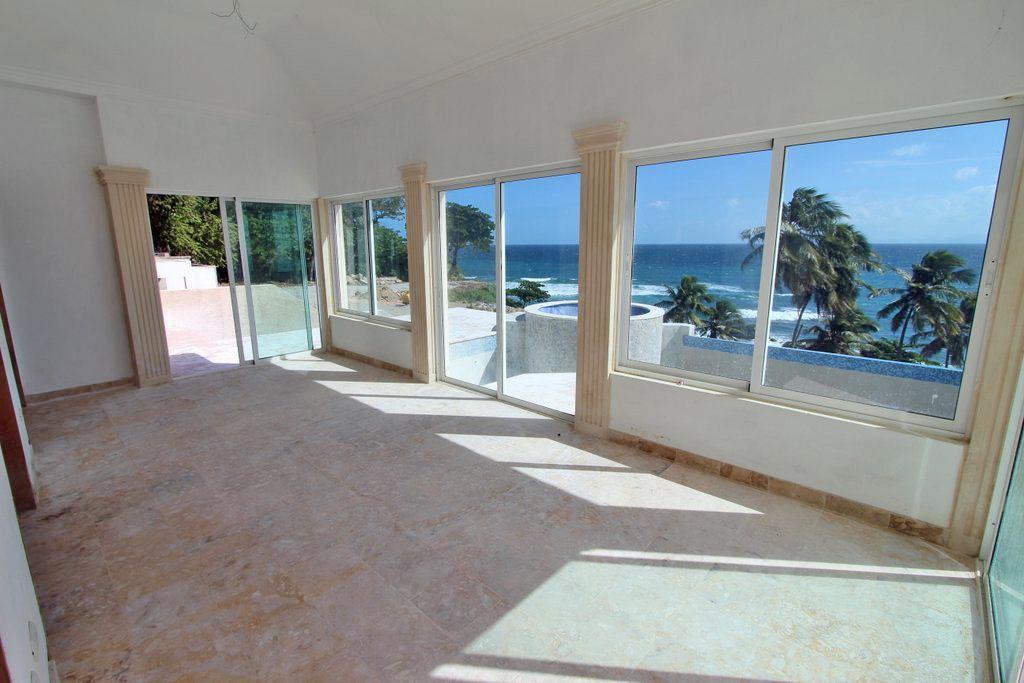samana-bay-residences-villa-2-beachfront-punta-balandra