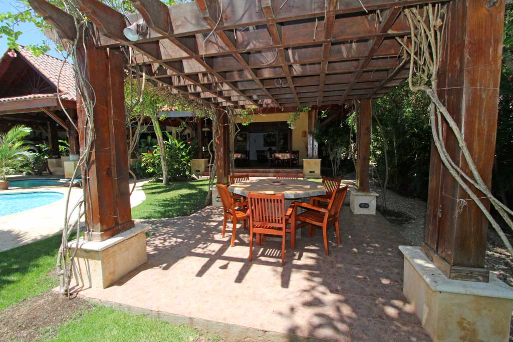 Exterior dining area