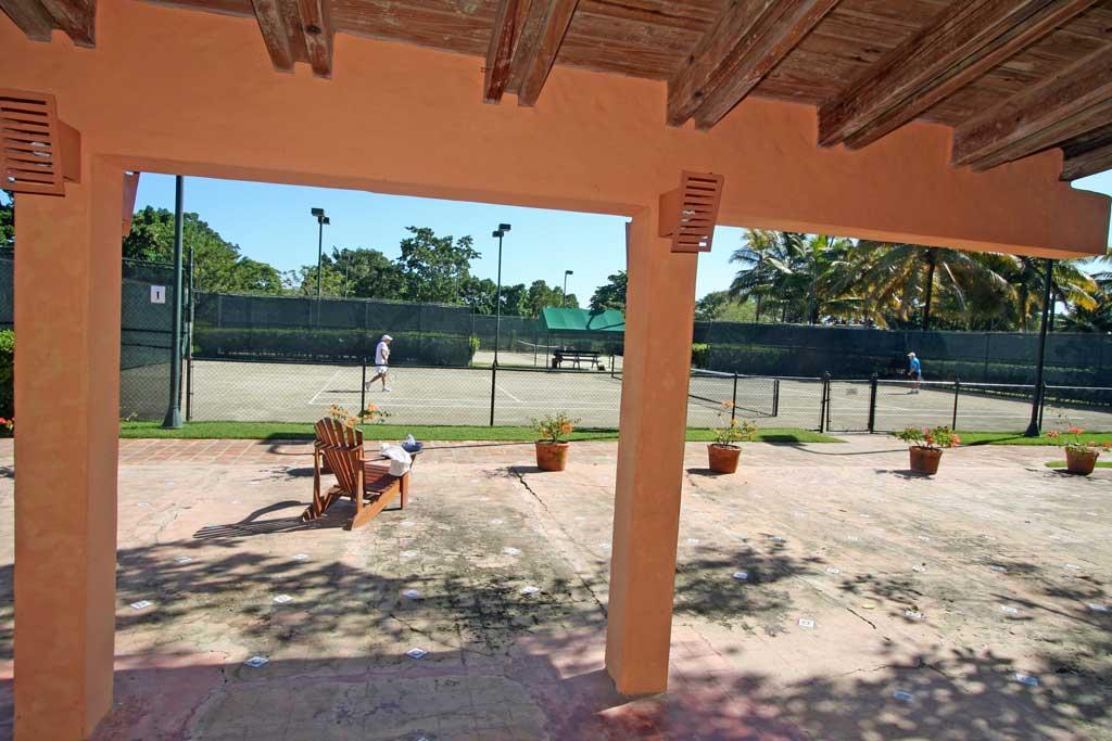 Sea Horse Ranch Tennis