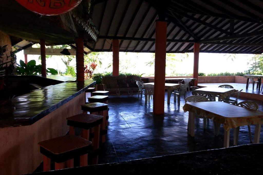 El Marinique Hotel Bar
