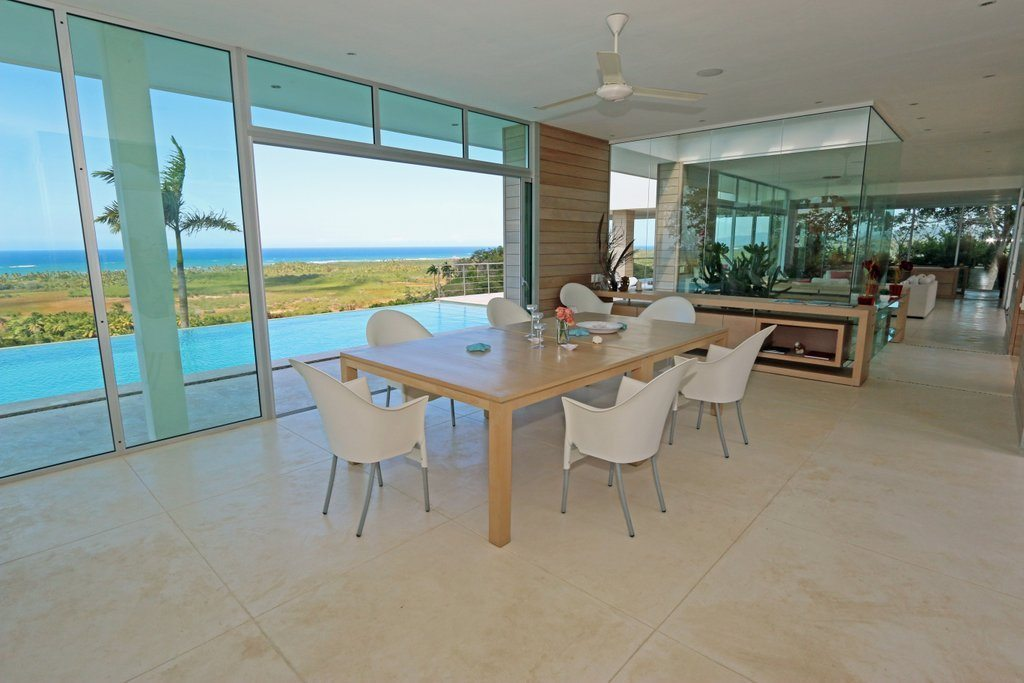 Villa Dining - Alternative view of the dining area.