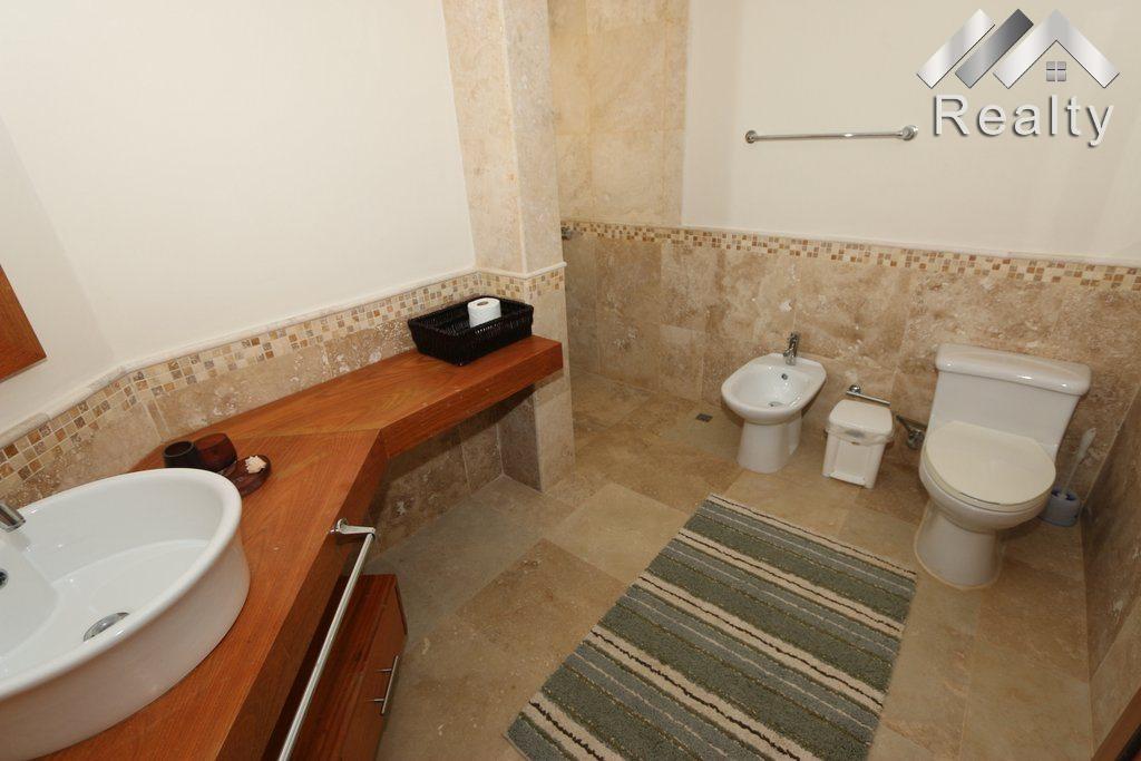 bathroom-pb-condo-b-202