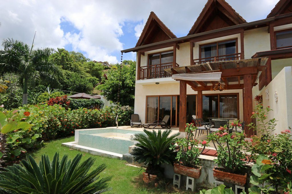 VM48 luxury villa for sale in Puerto Bahia Samana