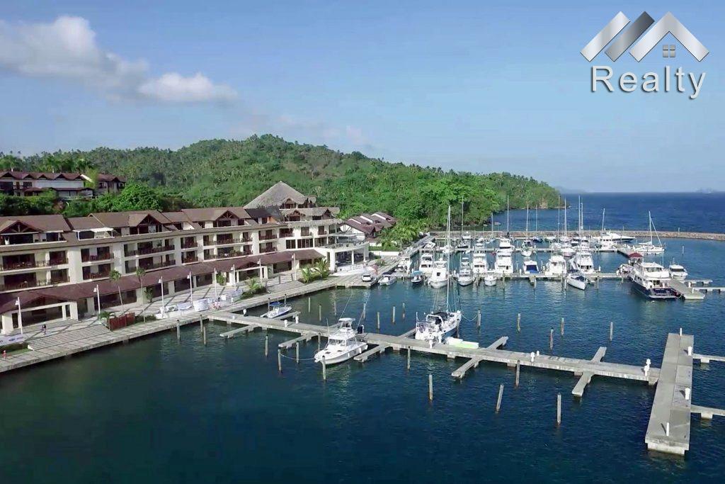 puerto-marina-boat-slip-aerial
