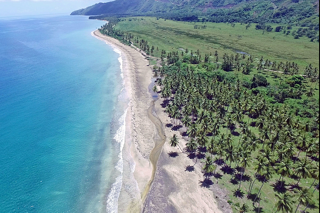 el-catey-land-aerial-beach-property