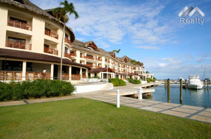 dockside-balconies-puerto-bahia