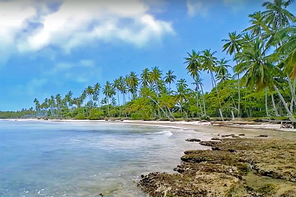 3bb-beach-rocks-development-land-for-sale