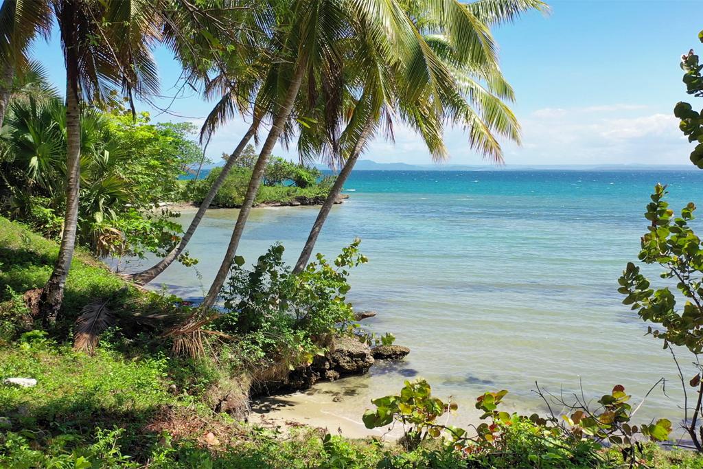 rio-los-cocos-development-land-beach