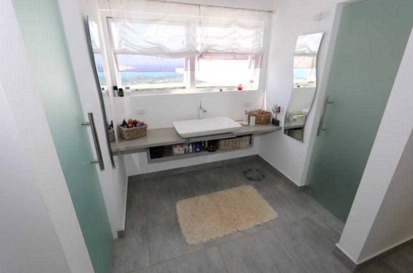 bath-bellavista-oceanview-villa-for-sale-in-las-terrenas