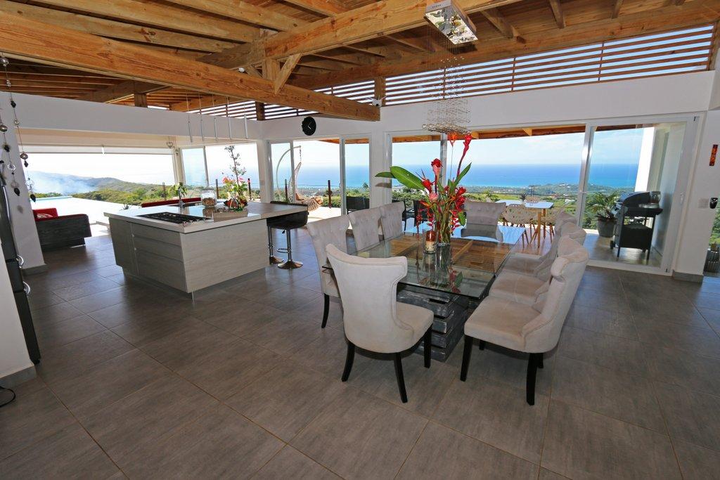 dinning-island-bellavista-oceanview