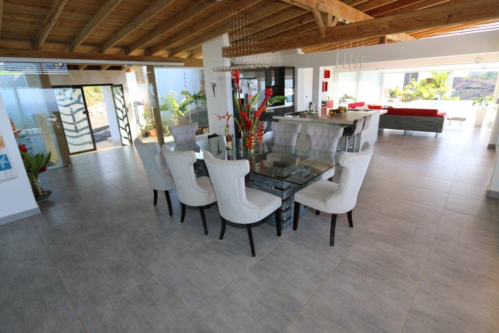 dining-area-villa-for-sale-in-las-terrenas