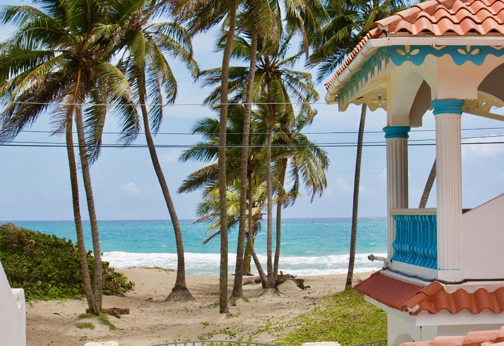 house-beachfront-brisas-doradas