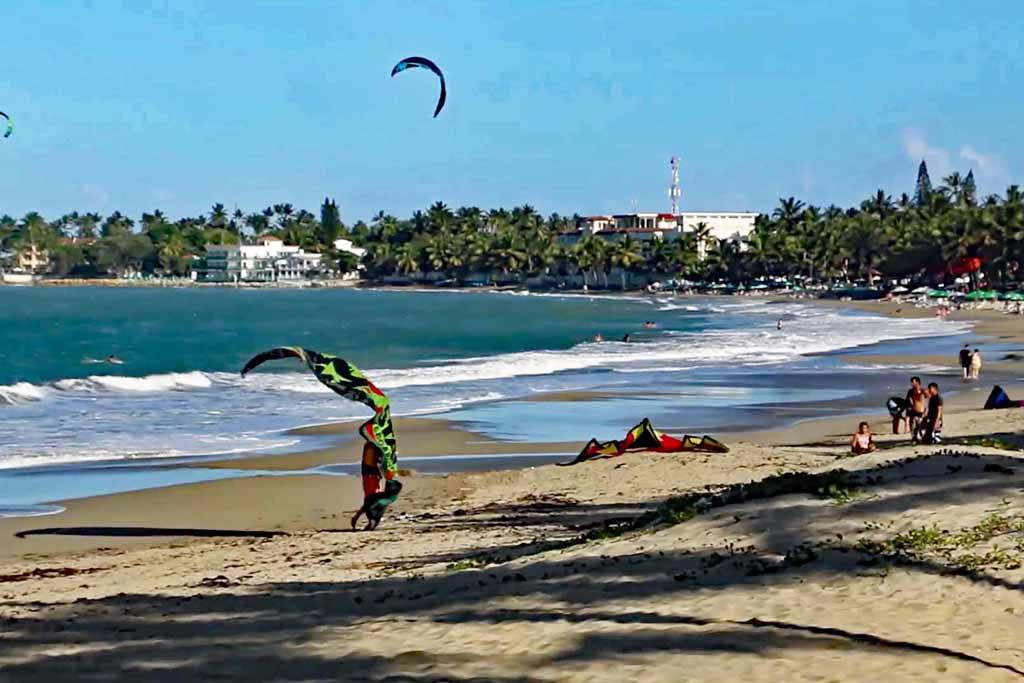 Ocean One Community Beachfront -Beach-KiteSet