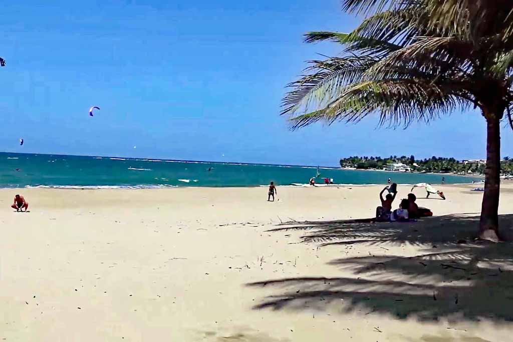 Ocean One Cabaret Beachfront Palms