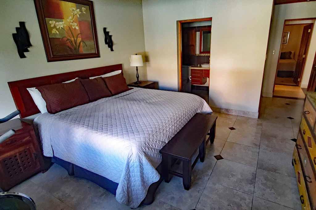 condo-for-rental-cabaret-4-bedroom-beachfront-community-bedroom2-interior-view
