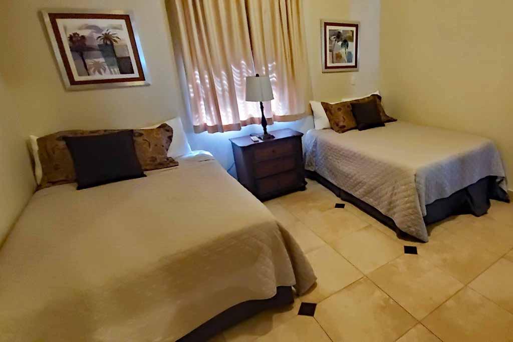 ocean-one-beachfront-condo-in-rental-4-bedrooms-in-cabaret-interior-view
