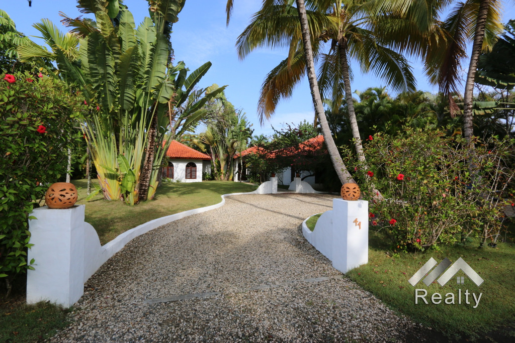 entry-to-this-villa-for-sale-in-sea-horse-ranch no.41