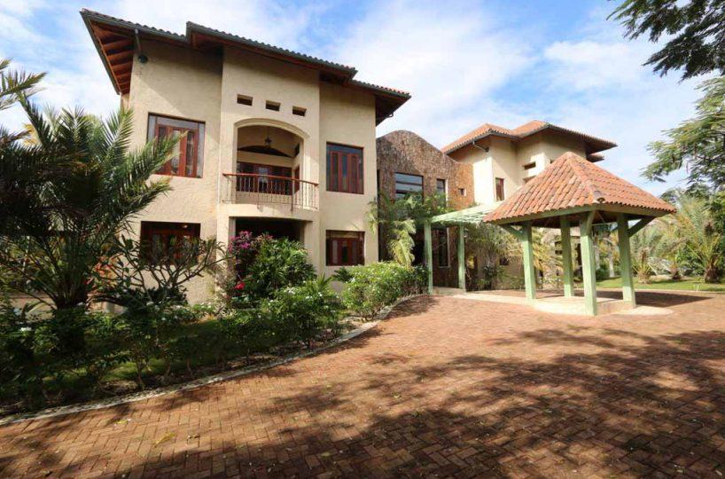 haciendas-el-choco-villa-14A-for-sale-exterior
