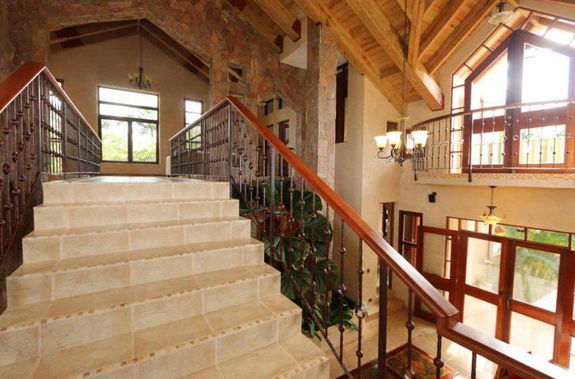 haciendas-el-choco14-A-Stairs