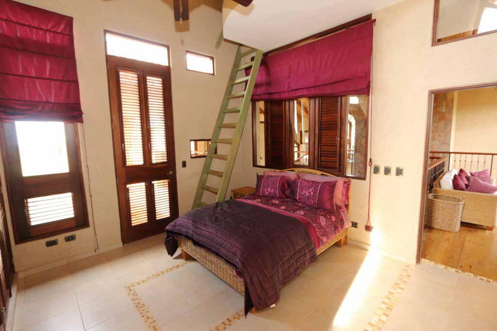 haciendas-el-choco14A-bed 2-purple