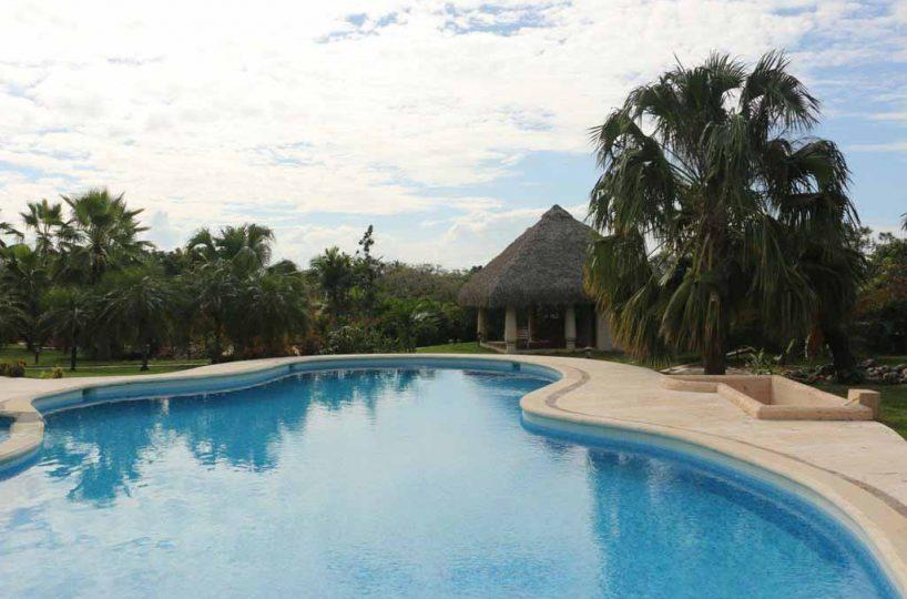 haciendas-el-choco-villa-14A-swimming-pool-view