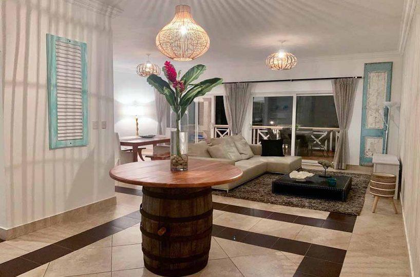living-area-view-cuzy-condo-3-bedroom-for-sale-oceanfront-community