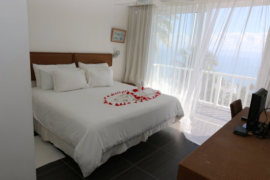 condo oceanfront for sale in beachfront luxury community in samana cheaper excellent prices for 2 beds rental holidays