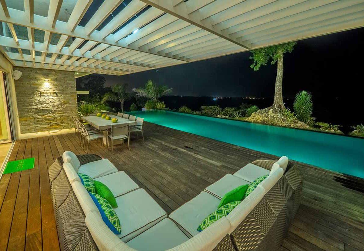 agua-dulce-casa-night-terrace