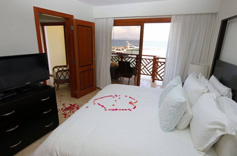 puerto-bahia-condo-for-sale-CH- 308-with-view-to-the-marina-bedroom