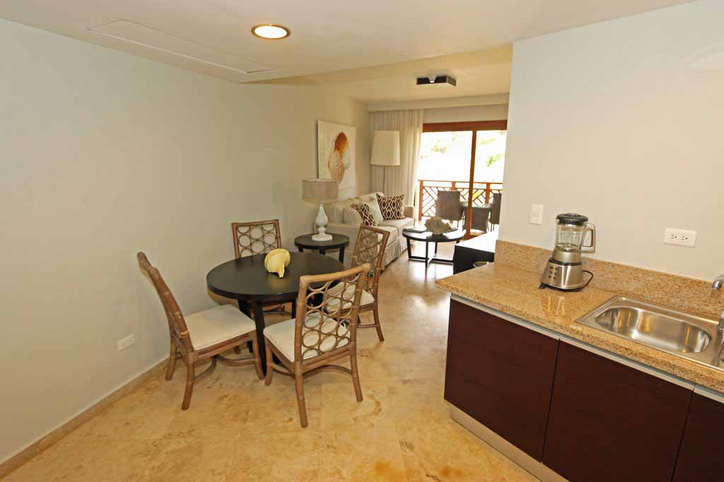puerto-bahia-kitchen-dining-area-condo-CH-313