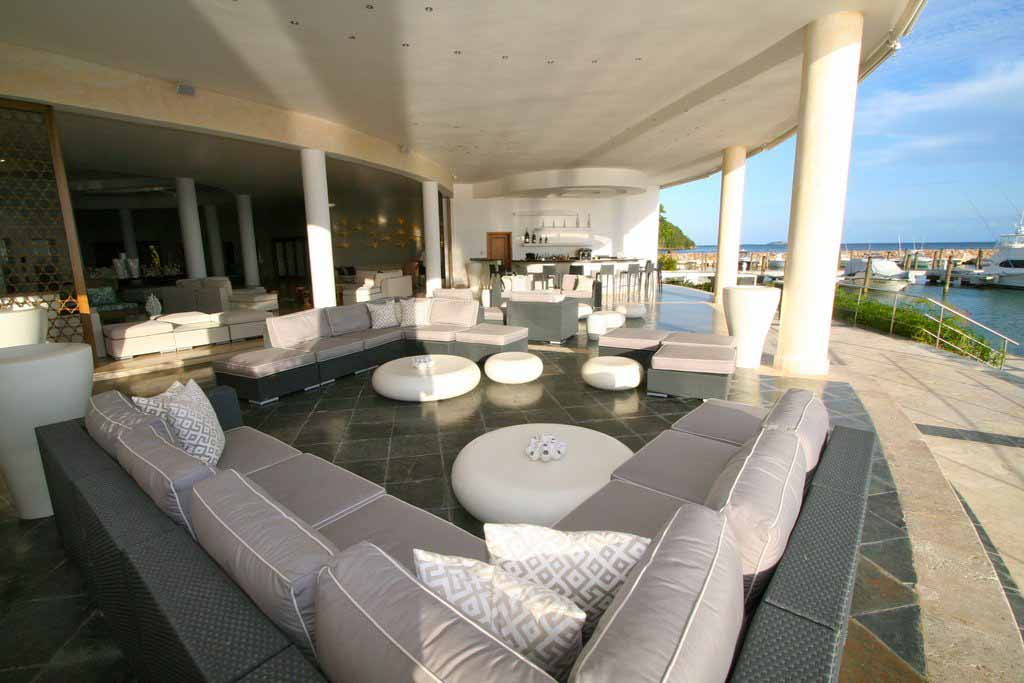 puerto-bahia-marina-and-residences-lobby-view-area