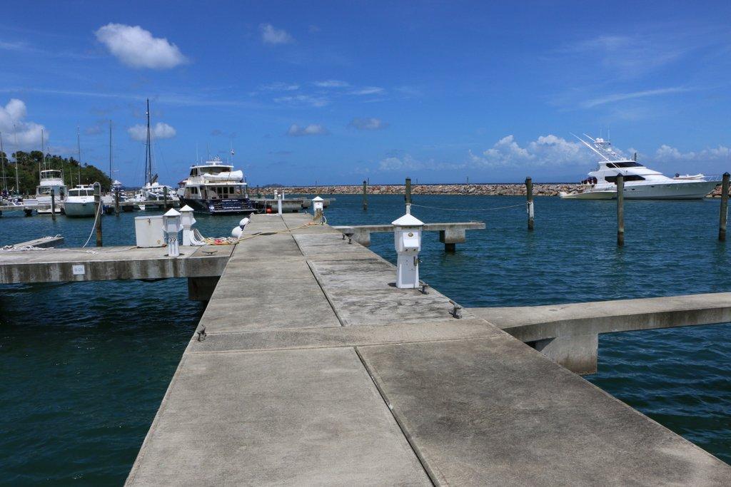 puerto-bahia-samana-boat-slip-28-concrete-walkway