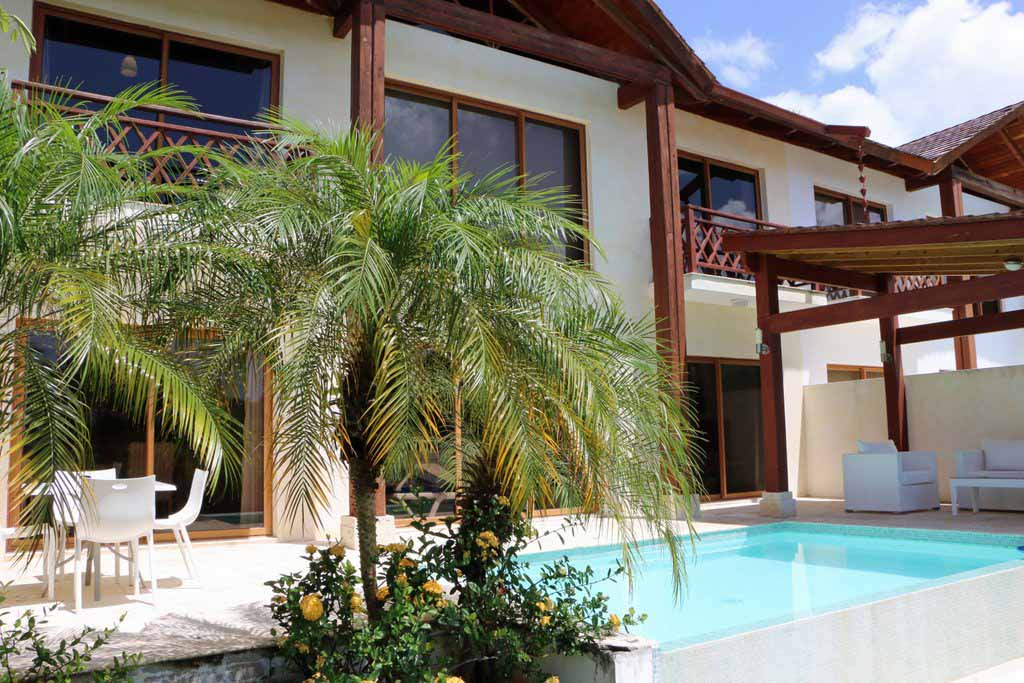 luxury-villa-montana-for-sale-in-puerto-bahia-featured -property