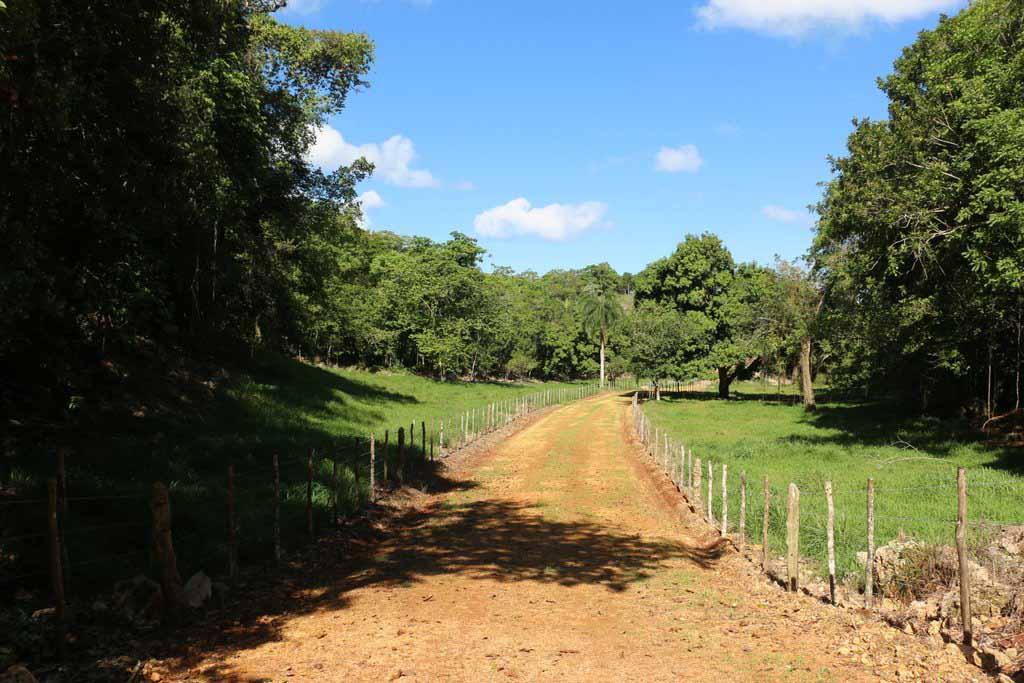 Rancho-Santuario-Valley-Road