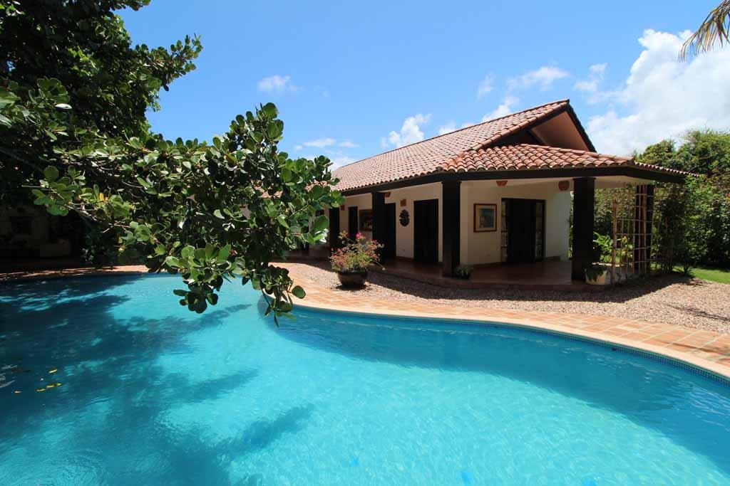 luxury-villa-in-oceanfront-community-for-sale-in-sosua-property-view