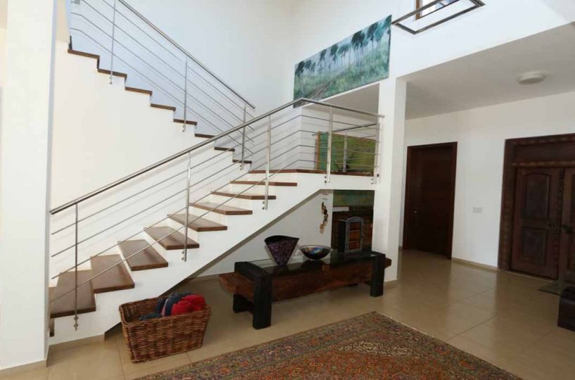 hacienda-el-choco-for-sale-stairway-interior-views